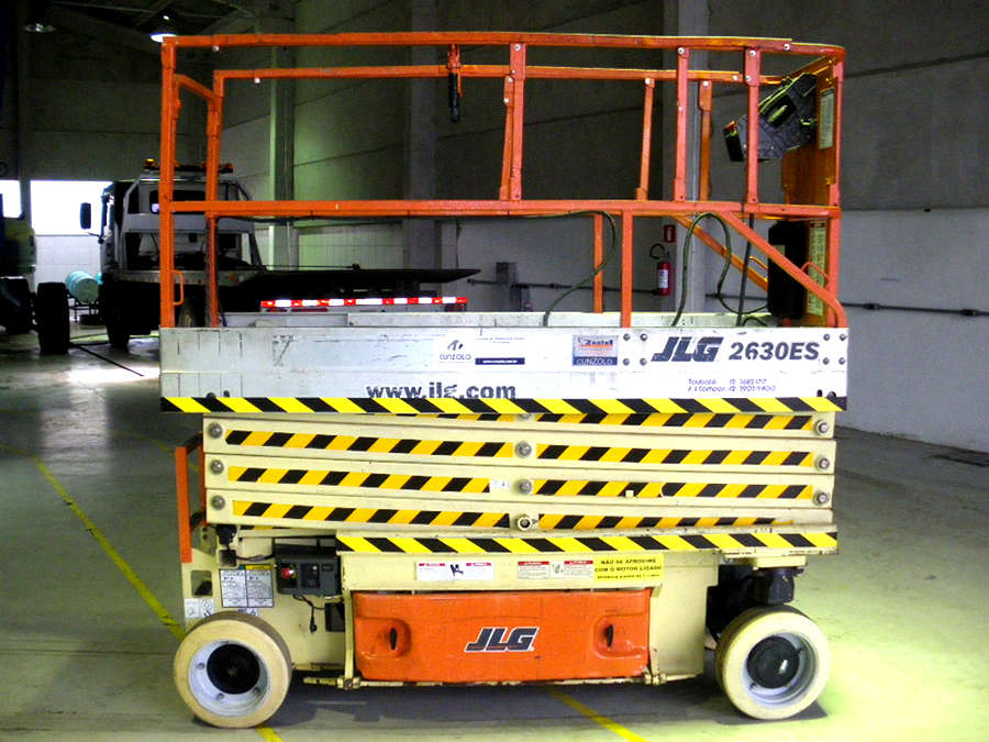 Plataforma Tipo Tesoura - Pantográfica - JLG 2630