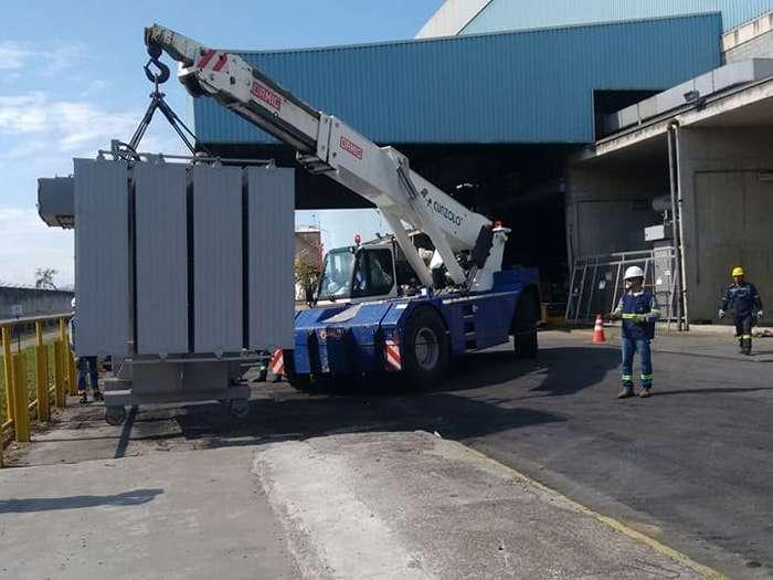 O Guindaste Industrial - Ormig 45TM é o mais robusto da linha Ormig, indicado para grandes eventos de remoções industriais. Versátil, é um equipamento que transita em terrenos acidentados ou que não sejam pavimentados.