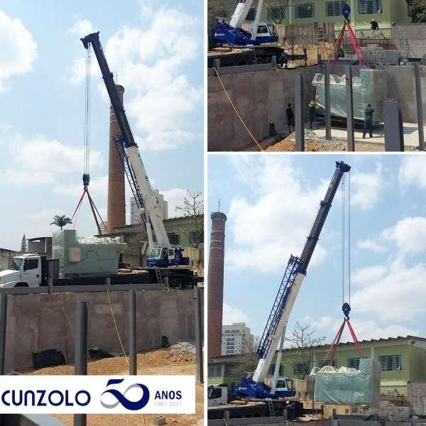 Operação com o Guindaste Rodoviário Cunzolo GS700 para a descarga e içamento de um forno pesando 10.5 toneladas na cidade de Taubaté.