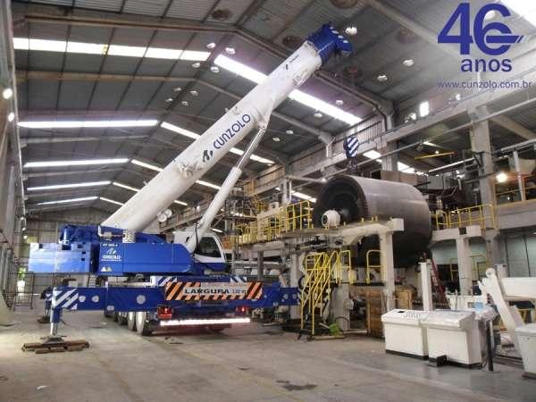 A Cunzolo realizou o içamento de um tambor de 50 toneladas. Como a operação foi realizada com pouco espaço para patolamento e a altura do prédio era baixa para fazer amarrações, foi utilizado o Guindaste Rodoviário Tadano ATF 220G-5.